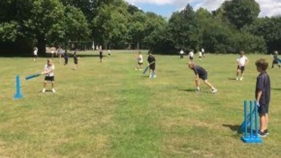 Key Stage 2 Cricket Lessons